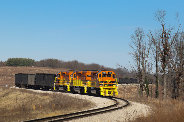 ISRR Petersburg coal empties arriving Bear Run