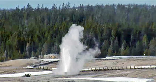 Beehive Geyser eruption (5:05-5:09 PM, 15 March 2017) 1 | by James St. John