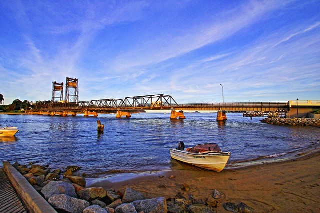 Batemans Bay - The Bridge & the Boat