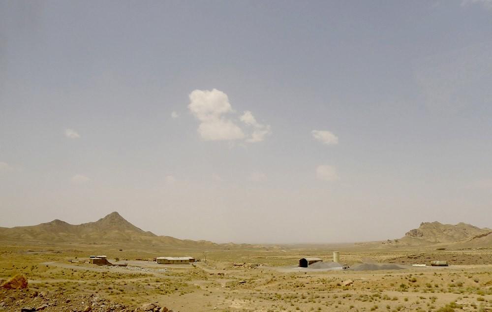 yazd-shiraz-L1020919