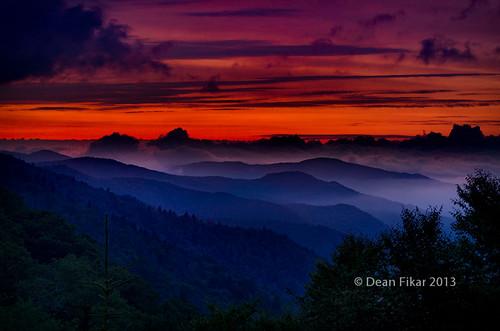 sky mist sunrise unitedstates northcarolina smokymountains brysoncity mortonsoverlook