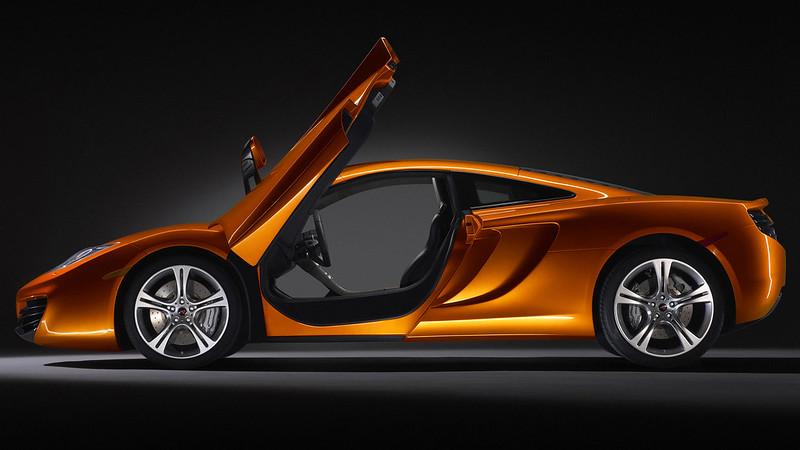 McLaren MP4-12C_
