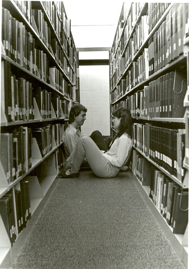 Sitting In The Stacks 1984-85