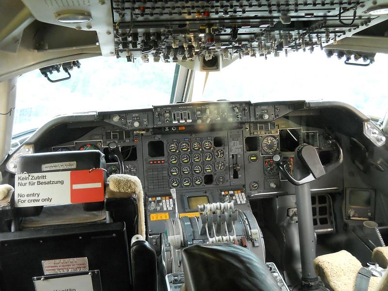 Cockpit Boeing 747-230