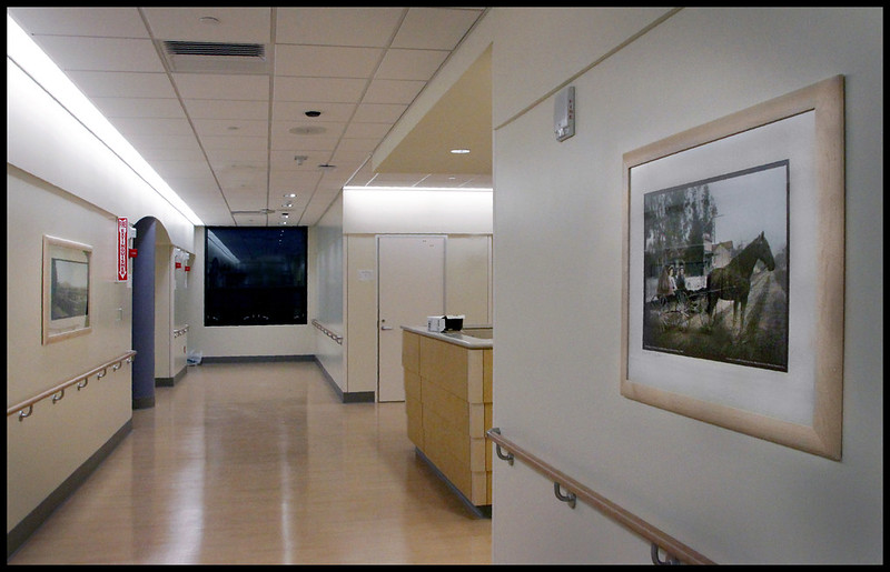 Center for Joint Replacement - Patient corridor