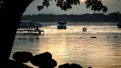 sunset summer usa lake water backlight swimming illinois crystal il crystallake