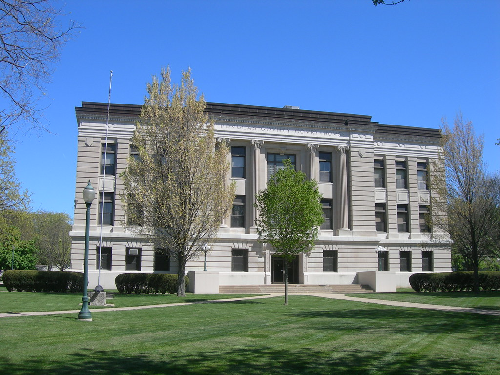Douglas County Courthouse | Tuscola, Illinois Constructed in