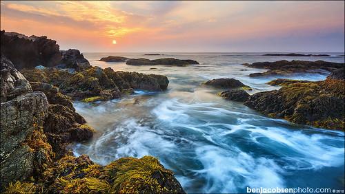 ocean ri sunrise rhodeisland newport getty waterandrocks 1635ii norelease ledgeroad leegnd 5diii leecp