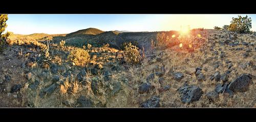 sunset panorama newmexico santafe plateau hills mesa sandiamountains jemezmountains santaferiver labajada ortizmountains lacieneguilla cajadelrio cerroseguro lastetilla