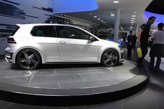 VW-R-400-@-Beijing-Auto-2014-13