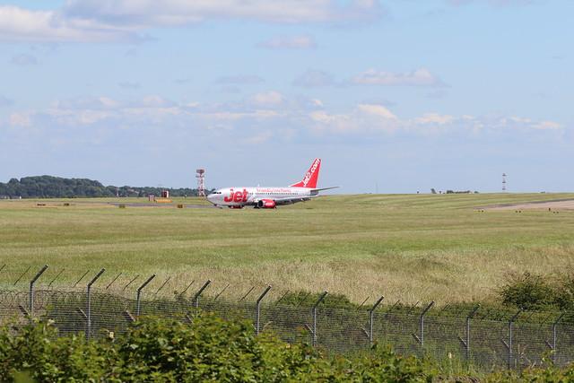 Jet2 G-GDFG just landed 14 at Leeds