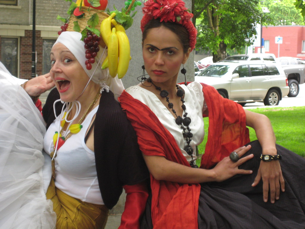 Carmen Miranda & Frida Kahlo