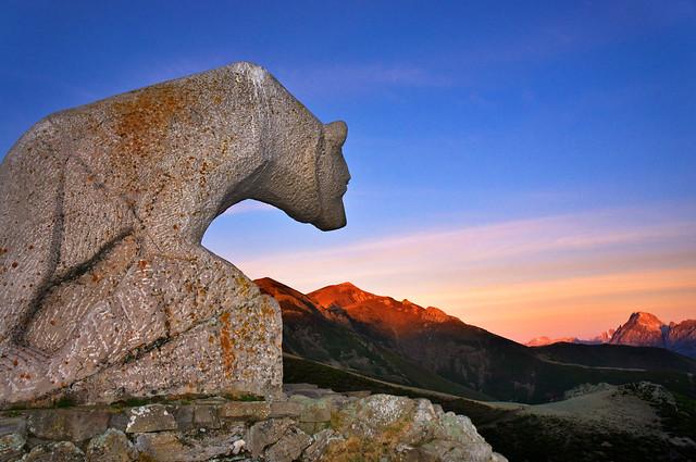 Monumento al oso
