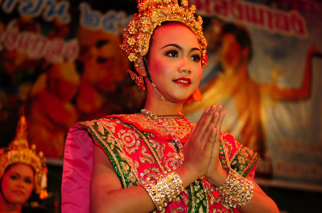 ,,,,,,,,,, Thai Dancer ,,,,,,,,,,