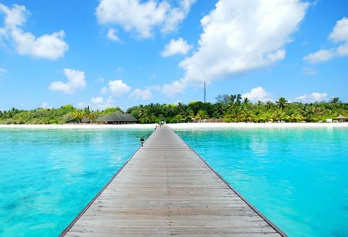 clouds island resort reef maldives crystalclear paradiseislandandspa fxb2g