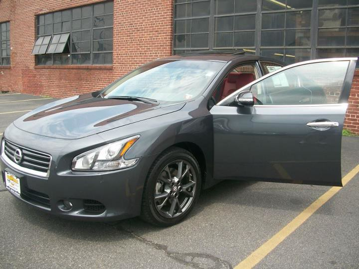Custom Nissan Maxima >> Superior Auto Restyling Chrome Grills Custom Leather In
