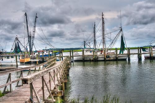 water river dock nets beaufort shrimping shrimpboat shrimpboats lowcountry dockside