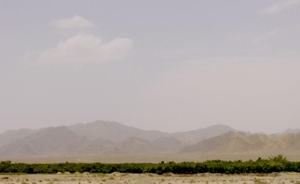 yazd-shiraz-L1030002