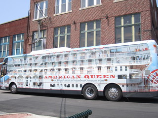 Tour buses for the American Queen | by Cape Girardeau Convention and Visitors Bureau