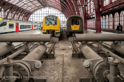 Station Antwerpen Centraal - 15-8-2015 | by RhB-Mikey