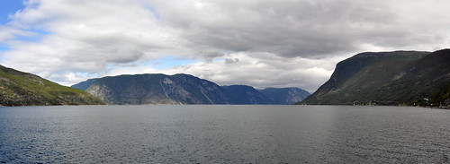 panorama norway ferry nikon norwegen stitching photomerge fjord fähre sognefjord geotagger d90 panoramabild 24f28 nikond90 panoramaphotomerge solmeta panomania solmetan1 geotaggersolmetan1 sigma24mmmf28