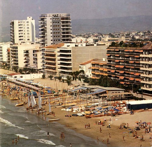 Vista aèria del Club Nàutic, any 1987.