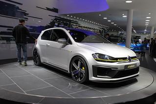 VW-R-400-@-Beijing-Auto-2014-11