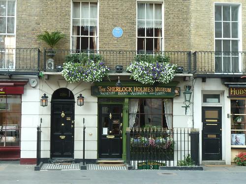 221b Baker Street & Sherlock Holmes Museum | by givingnot@rocketmail.com