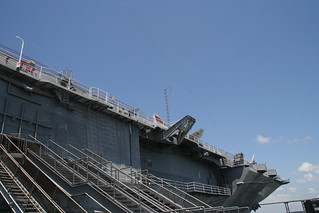 Antenna on the Yorktown | by imabug