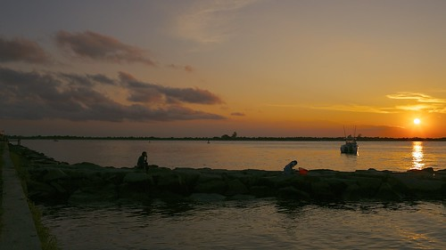 sunset summer sun seascape canon eos warm glow dusk horizon wide explore barnegat 2012 barnegatlight explored