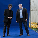 Neil Gaiman and Chris Riddell | Neil Gaiman and Chris Riddell get photographed