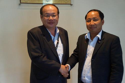 圖07莊理事長率代表團拜會柬埔寨工會聯合會理事長Ath Thorn先生