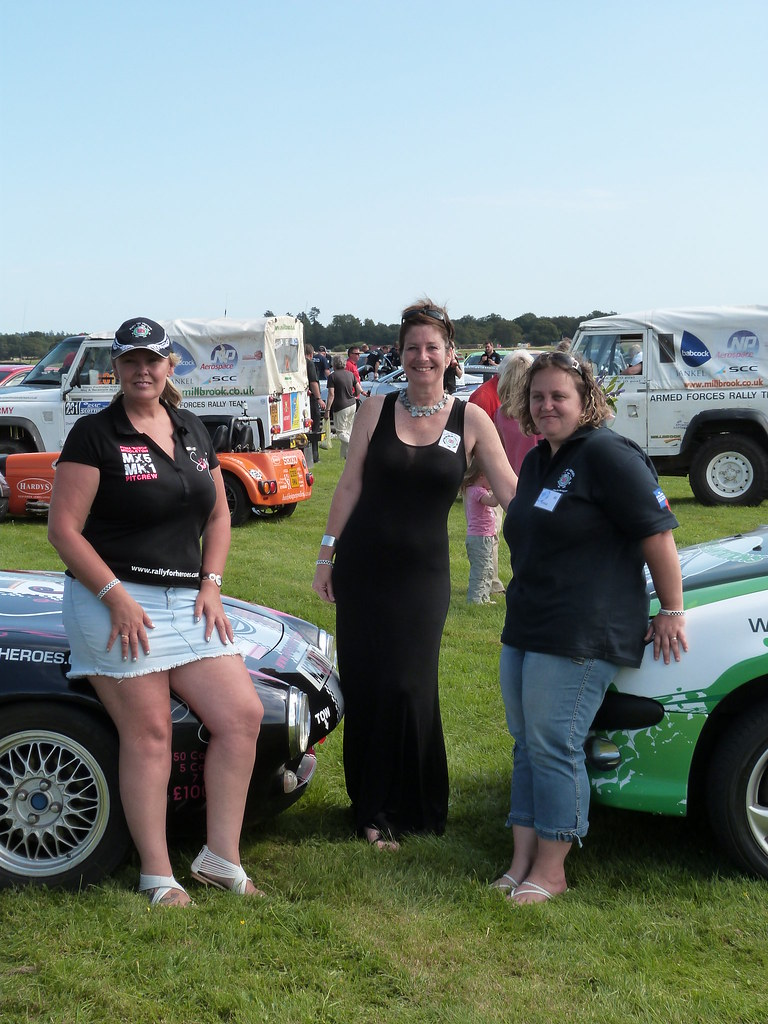 Joanne White Ceo with Swags World driver Fiona Laing and