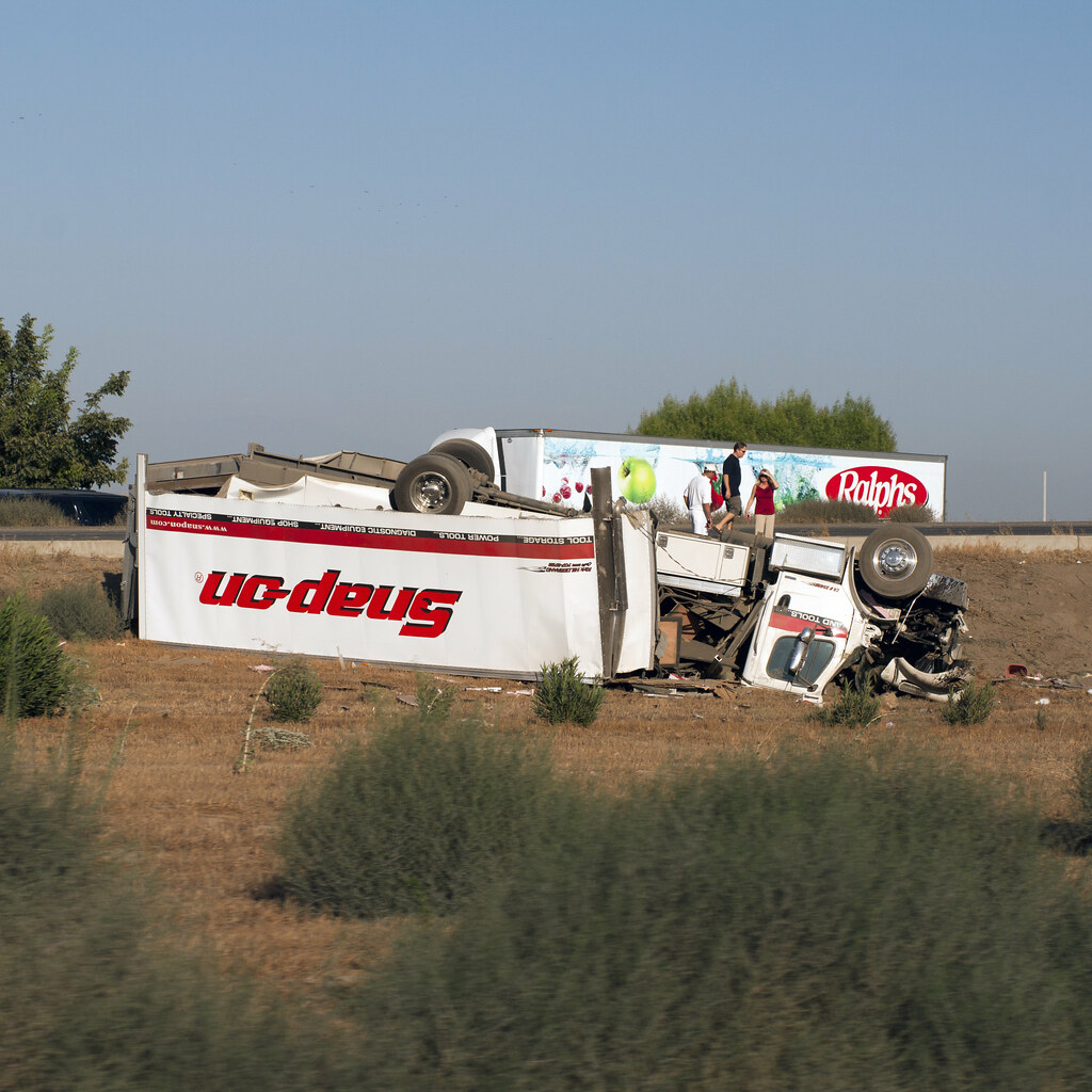 SNAP-ON | Spotted this accident on the way back from Norther