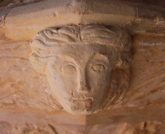 angel on the font