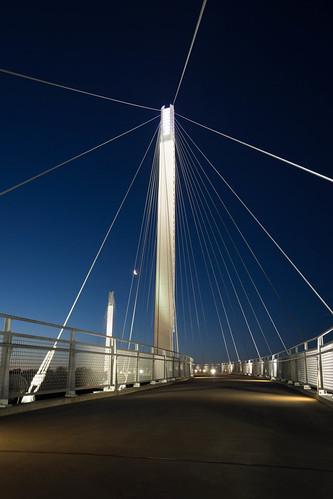 morning bridge blue sky moon sunrise river us nebraska unitedstates omaha walkingbridge 2016
