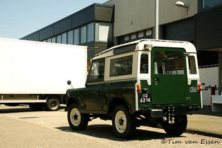 Land Rover 88   by timvanessen