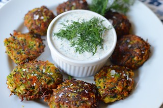Greek Zucchini Fritters {Kolokithokeftedes} with Tzatziki Sauce | by The Culinary Chronicles