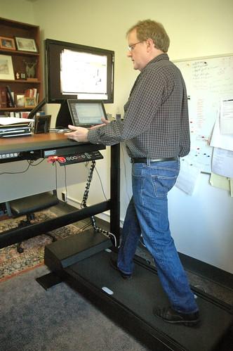 MU professor walks at work, pushes treadmill desks