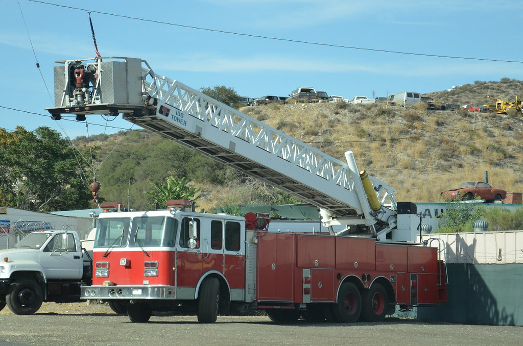 Used Fire Trucks For Sale >> For Sale Used Fire Truck With 100 Ladder And Aerial Pum