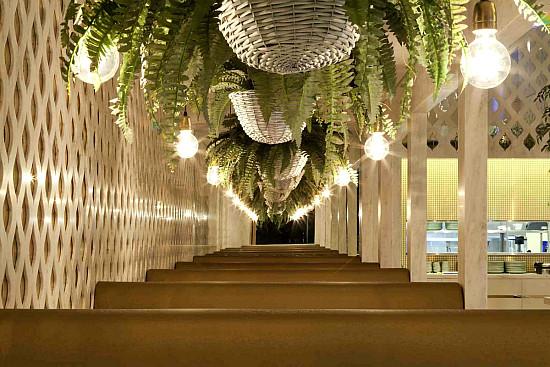 Nok Nok Thai Restaurant, Interior Design by Giant Design 1 ...
