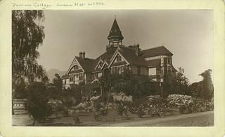Sumner Hall (1894)