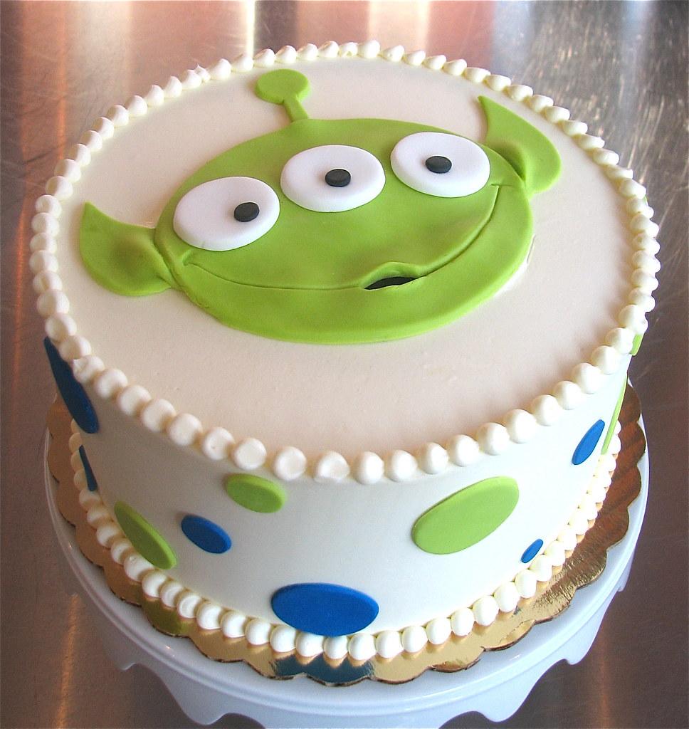 Fabulous Happy Alien Birthday Cake Zoe Lukas Flickr Funny Birthday Cards Online Elaedamsfinfo