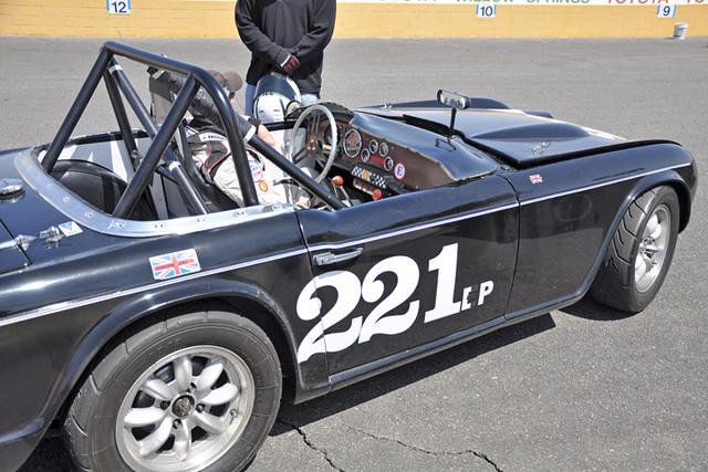 Triumph 221