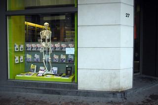 258 euros (memento mori) — librairie Vigot Maloine, Paris, 17 avril 2012