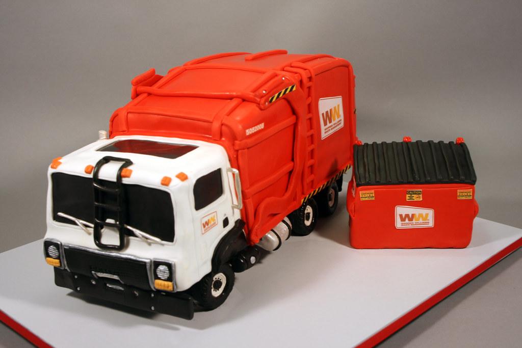 Pleasant Garbage Truck Birthday Cake Decorated In Rkt Fondant Mod Flickr Personalised Birthday Cards Veneteletsinfo