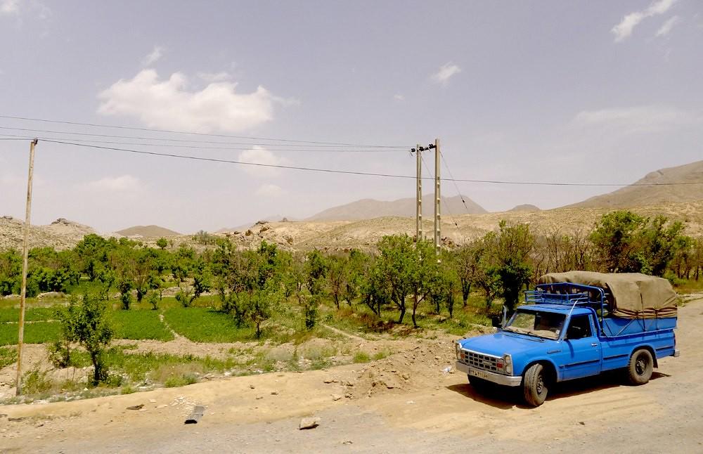 yazd-shiraz-L1020913