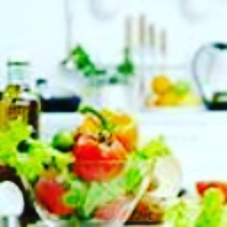 Healthy Living Articles  9 Easy Food Swaps to Make Your Diet Healthier  Trying to make your diet healthier, but don't know where to start? Just a few easy food swaps can give your diet a nutrition boost.   Protein shake instead of bowl of cereal.  A bowl