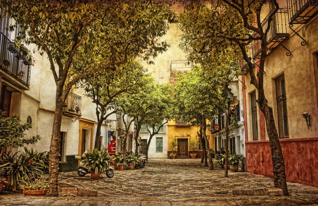 Resultado de imagen de barrio de santa cruz de sevilla