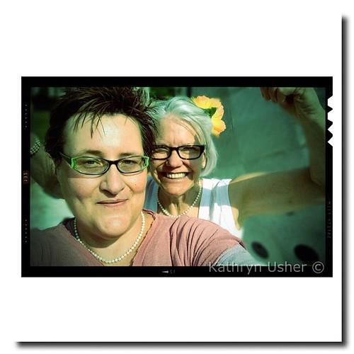 flowers square glasses women louisiana pearls squareformat normal publicart shreveport shreveportregionalartscouncil kathrynusher iphoneography nadinecharity instagramapp uploaded:by=instagram deedeemorrison foursquare:venue=4b882560f964a520eee231e3